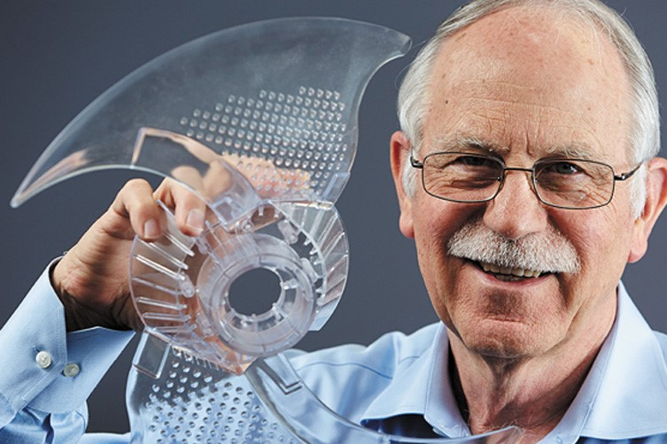 Чак Халл, создатель лазерной стереолитографии SLA