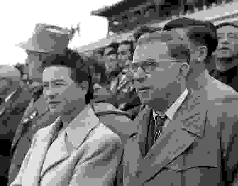 Бовуар и Сартр в Пекине