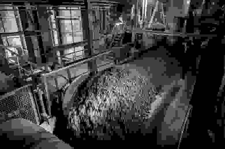 Транспортировка измельченной руды к мельницам