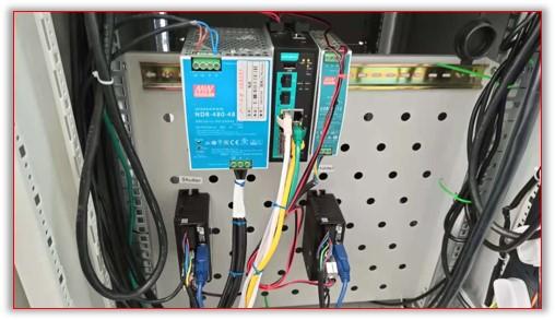 Система управления приводами подложкодержателя и заслонки.