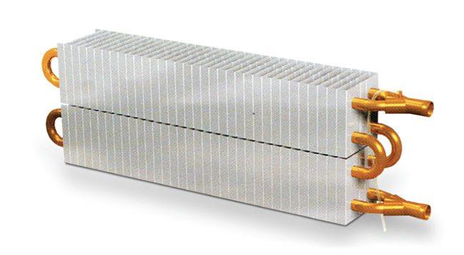 Медно-алюминиевый радиатор охлаждения дистиллята.