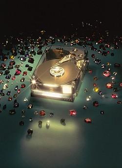 1994 год - жесткий диск HP C2247 емкостью 1 Гб - продукт для рабочих станций высшего ценового сегмента, выбор профессионалов!
