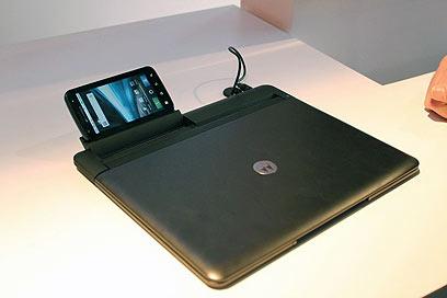 Революция от Motorola: модульный смартфон Atrix 4G