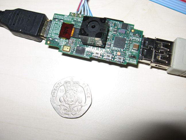 Альфа-версия компьютера Raspberry Pi за $25 пошла в производство