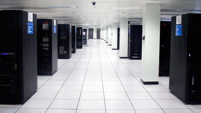 Минусы выделенного сервера и плюсы облачного хостинга