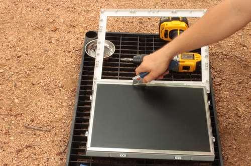 Новости технологий: Делаем приватный монитор из старого LCD монитора