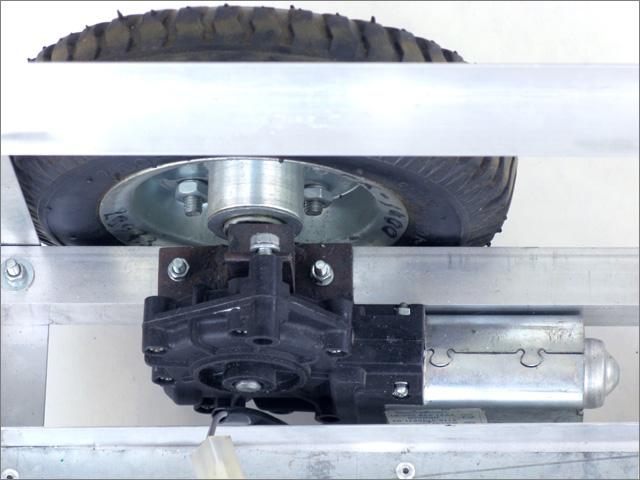 Установленный колёсный узел