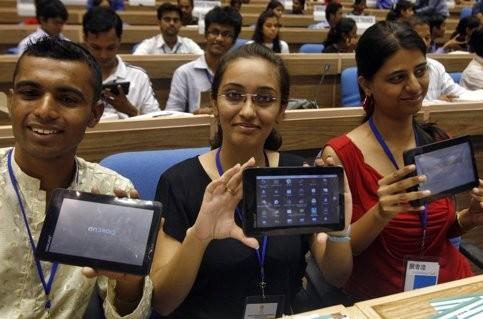 Индия таки выпустила 35-долларовый планшет