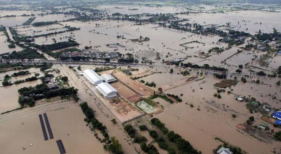 Рынок жестких дисков под угрозой значительного сокращения из-за наводнения в Таиланде