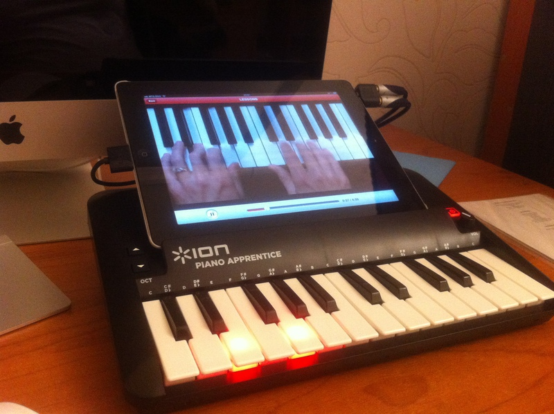 Piano Garage Band : Ion piano apprentice u the controller for garage band geek magazine