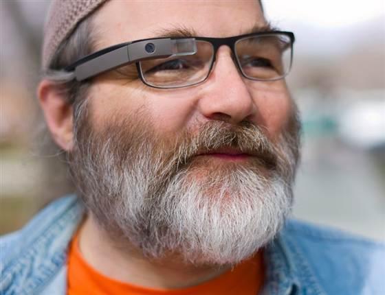 Google Glass с линзами покажут в этом году