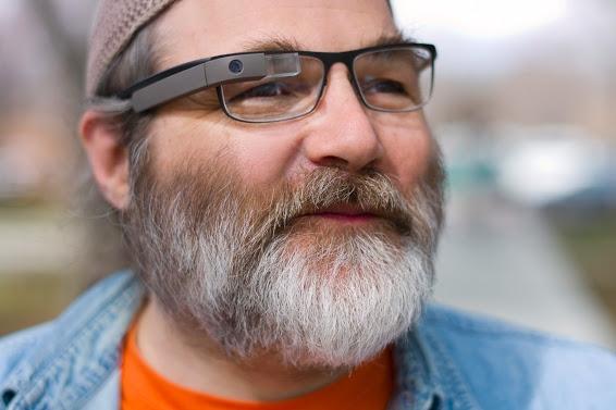 Google Glass можно будет носить вместе с обычными очками/стеклами
