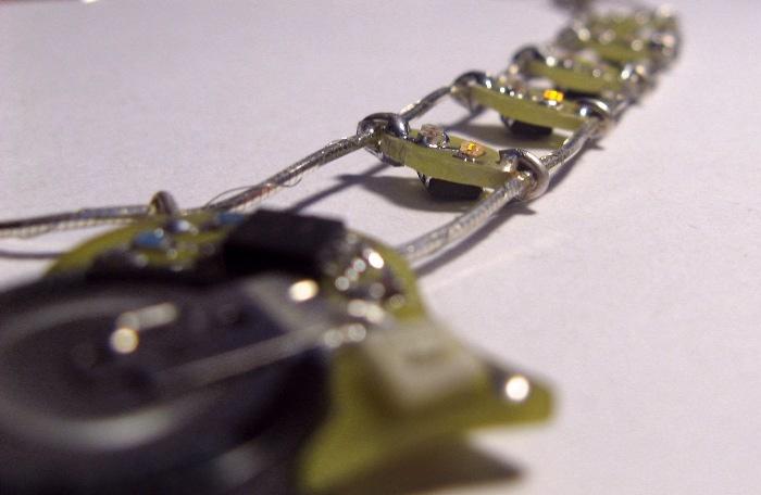 Электронное ожерелье. Часть 2