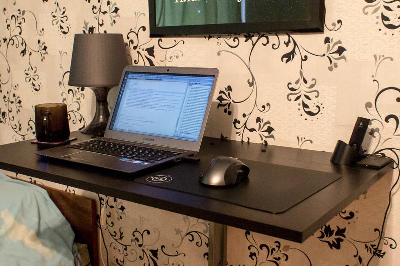 Компактное складное рабочее место для ноутбука «своими руками»
