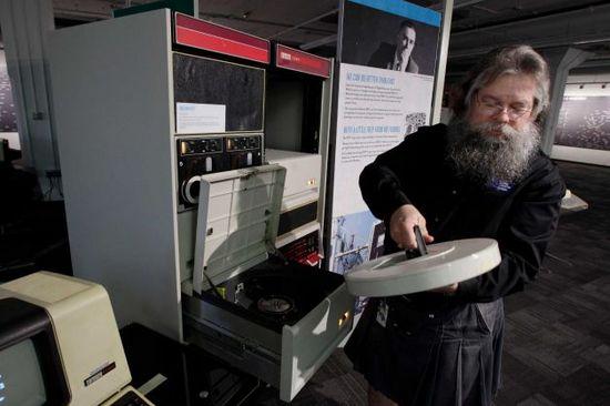Living Computer Museum — музей компьютеров, где все можно потрогать, от Пола Аллена
