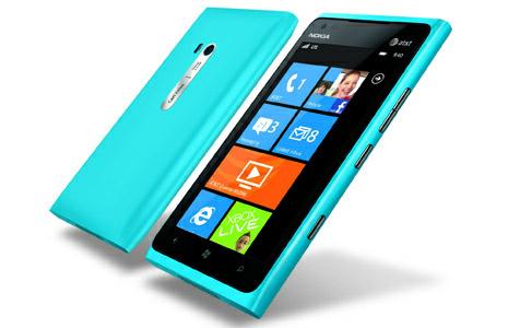 В Nokia Lumia 900 обнаружен баг, каждый покупатель получит компенсацию $100