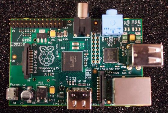 Первая партия 25-долларовых компьютеров Raspberry Pi поступила в производство