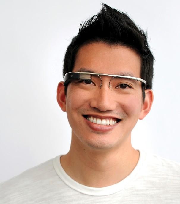Японские умельцы изобрели очки виртуальной реальности для секса