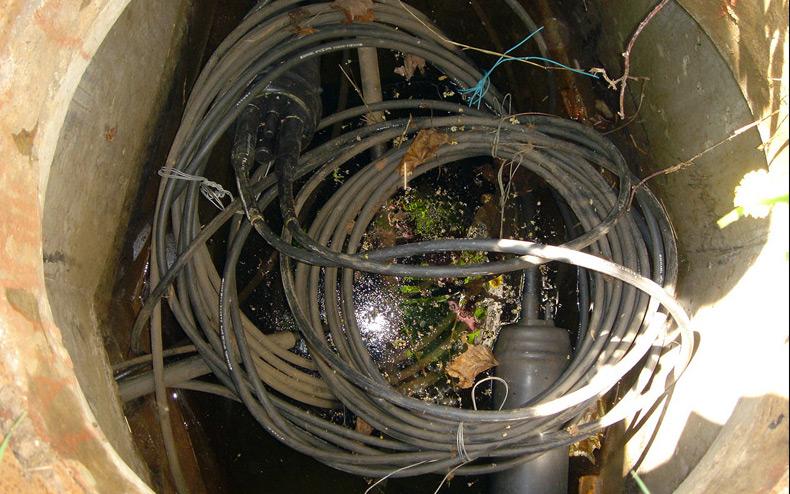 в кабельную канализацию