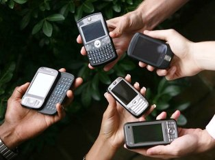...поменять своего оператора фиксированной (!) и/или мобильной связи с.