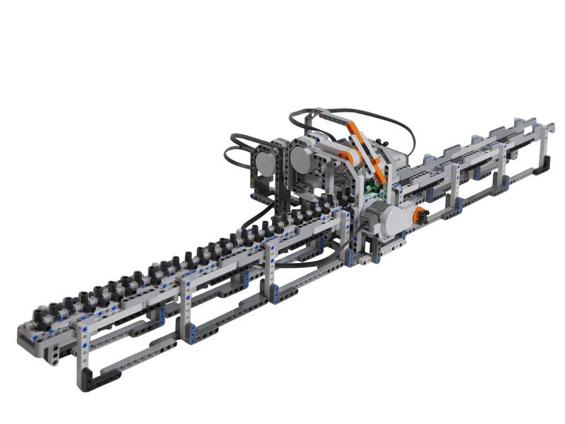 Машина Тьюринга из Lego