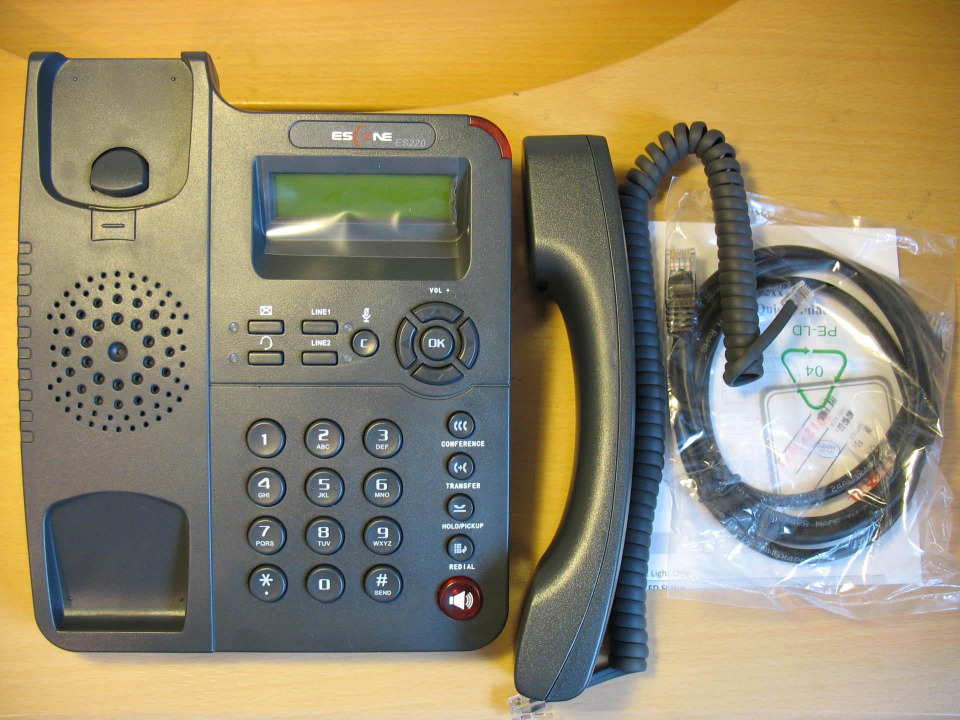 Комплект поставки телефона Escene ES220