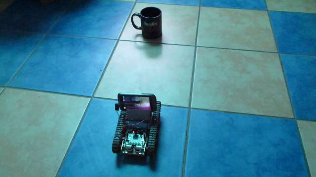 Машинка, управляемая из браузера