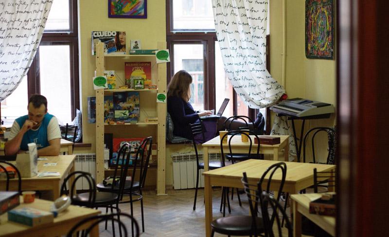 Как разрекламировать кафетерий как стать специалистом по яндекс директ