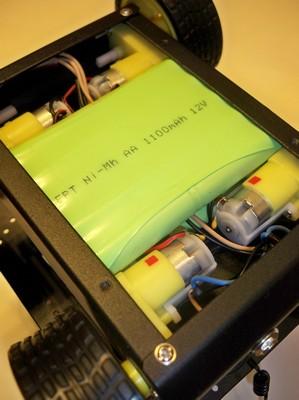 Фото тележки c двумя аккумуляторными сборками