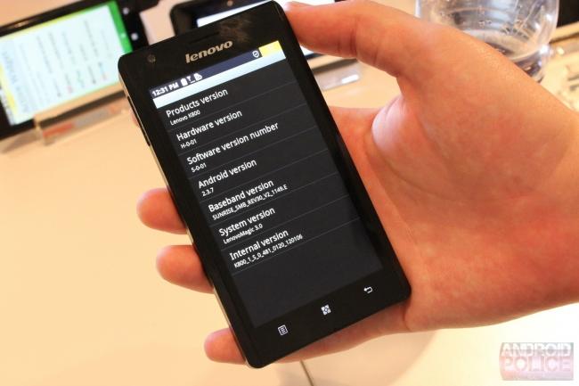 Lenovo Intel-Powered K800 Phone