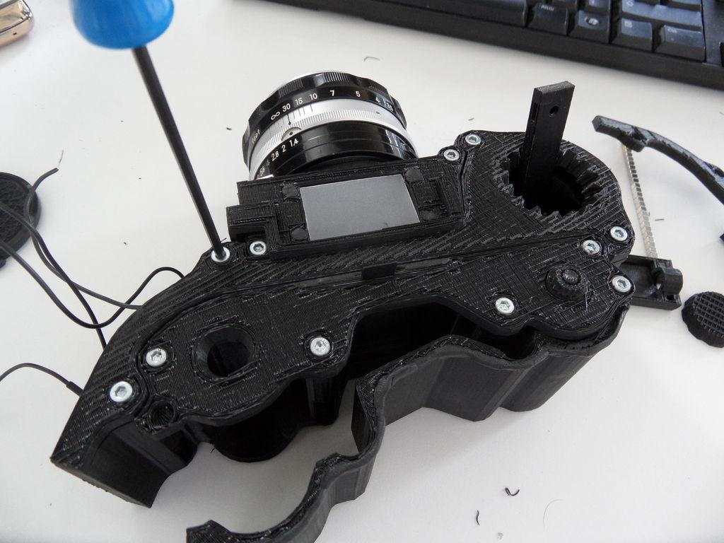 Open Reflex: зеркальный фотоаппарат, напечатанный на 3D-принтере