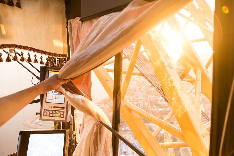 Солнце в кабине крана Лахта Центра