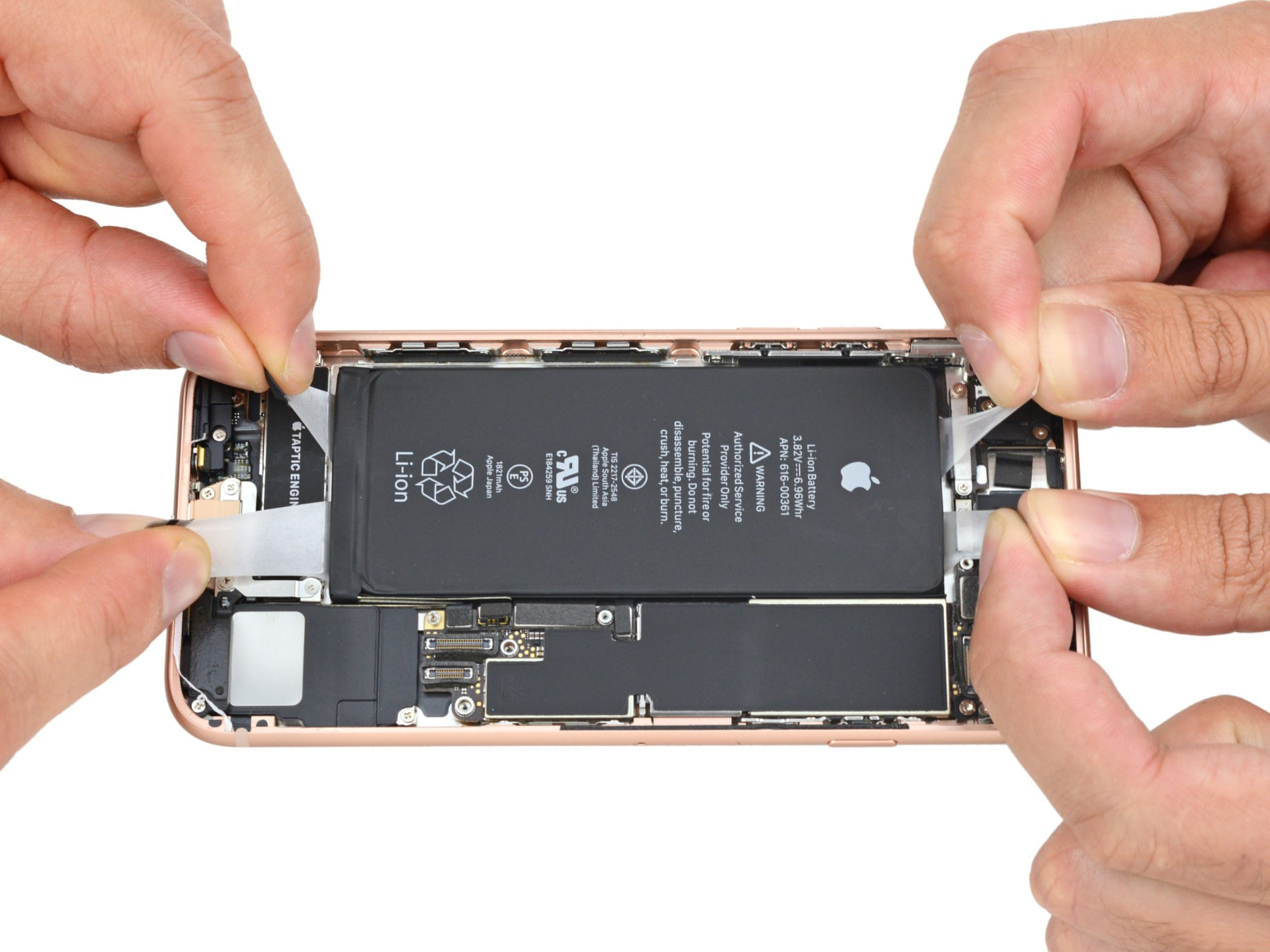 Apple говорит, что iPhone слишком «сложен», чтобы разрешить самостоятельный ремонт