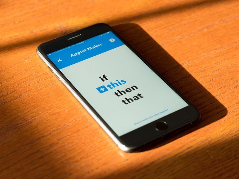 Как научить телефон варить тебе кофе и сохранять картинки без рук: обзор мешап-сервиса IFTTT