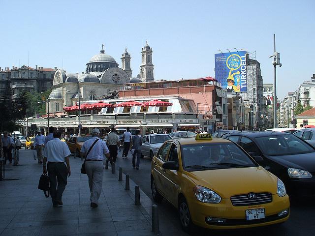 наше таксе в аэропорт стамбула
