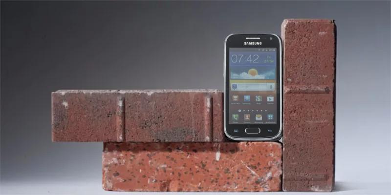 История неожиданного «окирпичивания» и восстановления одного смартфона