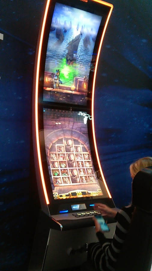Б у игровые аппараты придложение с лицензией прямые трансляции покер онлайн