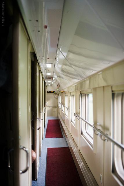 на втором этаже поезда спб москва