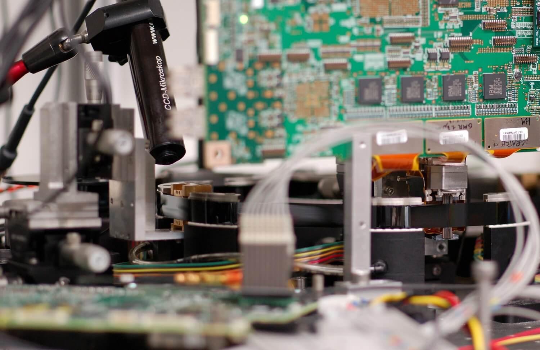 «300 миллионов книг на километр»: IBM продлевает жизнь магнитной ленте