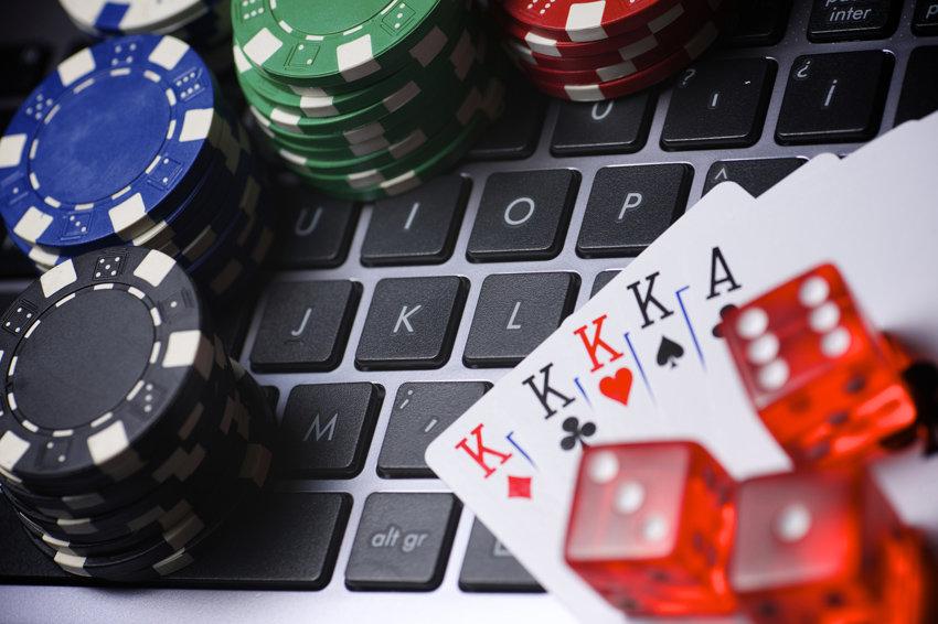 ФАС собирается бороться c незаконной рекламой онлайн-казино / Хабр