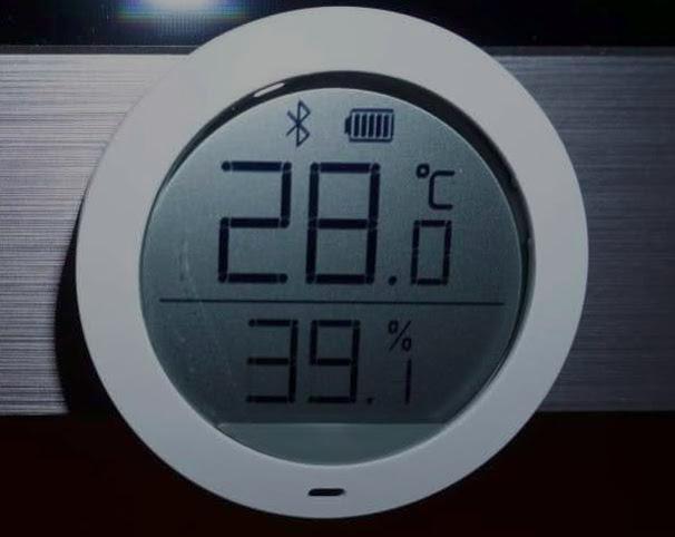 один из самых удачных термометров умного дома, с дальнобойным ble