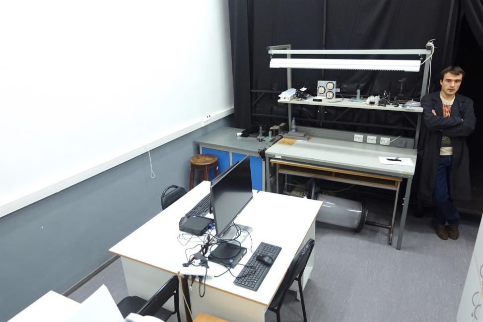 Лаборатории Университета ИТМО: светодиодная светотехника, СВЧ оптоэлектроника и оптические телекоммуникации