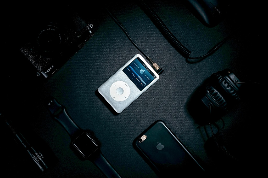 Что было на первом iPod: двадцать альбомов, которые выбрал Стив Джобс в 2001 году
