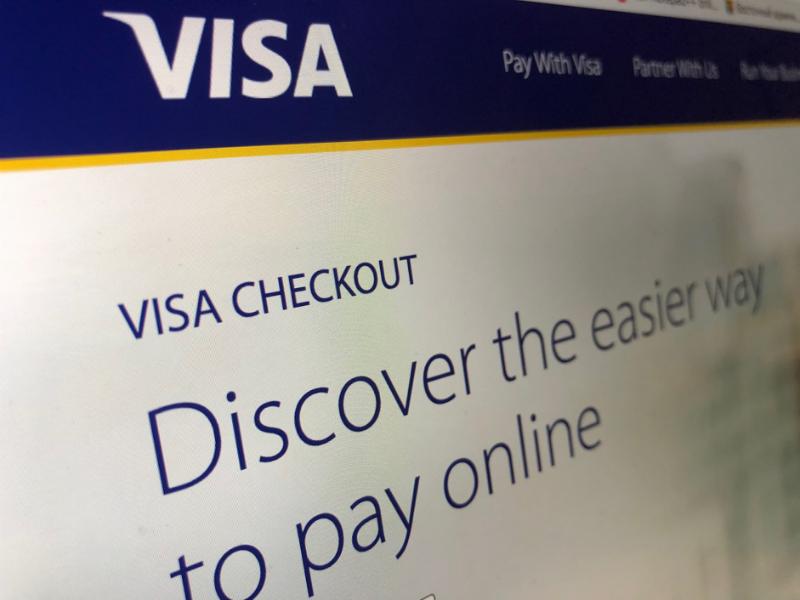 Владельцы криптовалютных кошельков Coinbase столкнулись с двойными списаниями комиссий из-за особенностей работы Visa