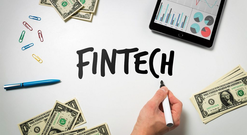 Fintech digest: the security of online banking, 70% of the bitcoins are mined, because of the blocking of the ILV, the business will lose about $ 2bn
