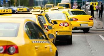Удобные сервисы вроде Uber усугубляют автомобильные пробки, отбирая пассажиров у общественного транспорта