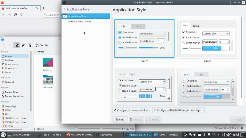 Рабочий стол KDE с несколькими открытыми окнами