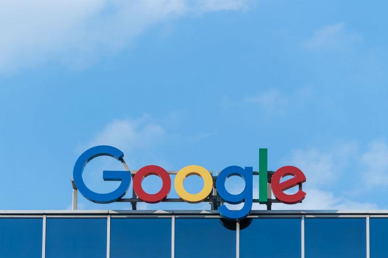 Власти Евросоюза оштрафовали Google на $1,7 млрд за блокировку рекламы конкурентов