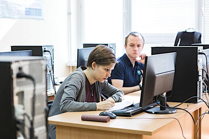 Учиться и работать: опыт магистрантов факультета информационных технологий и программирования