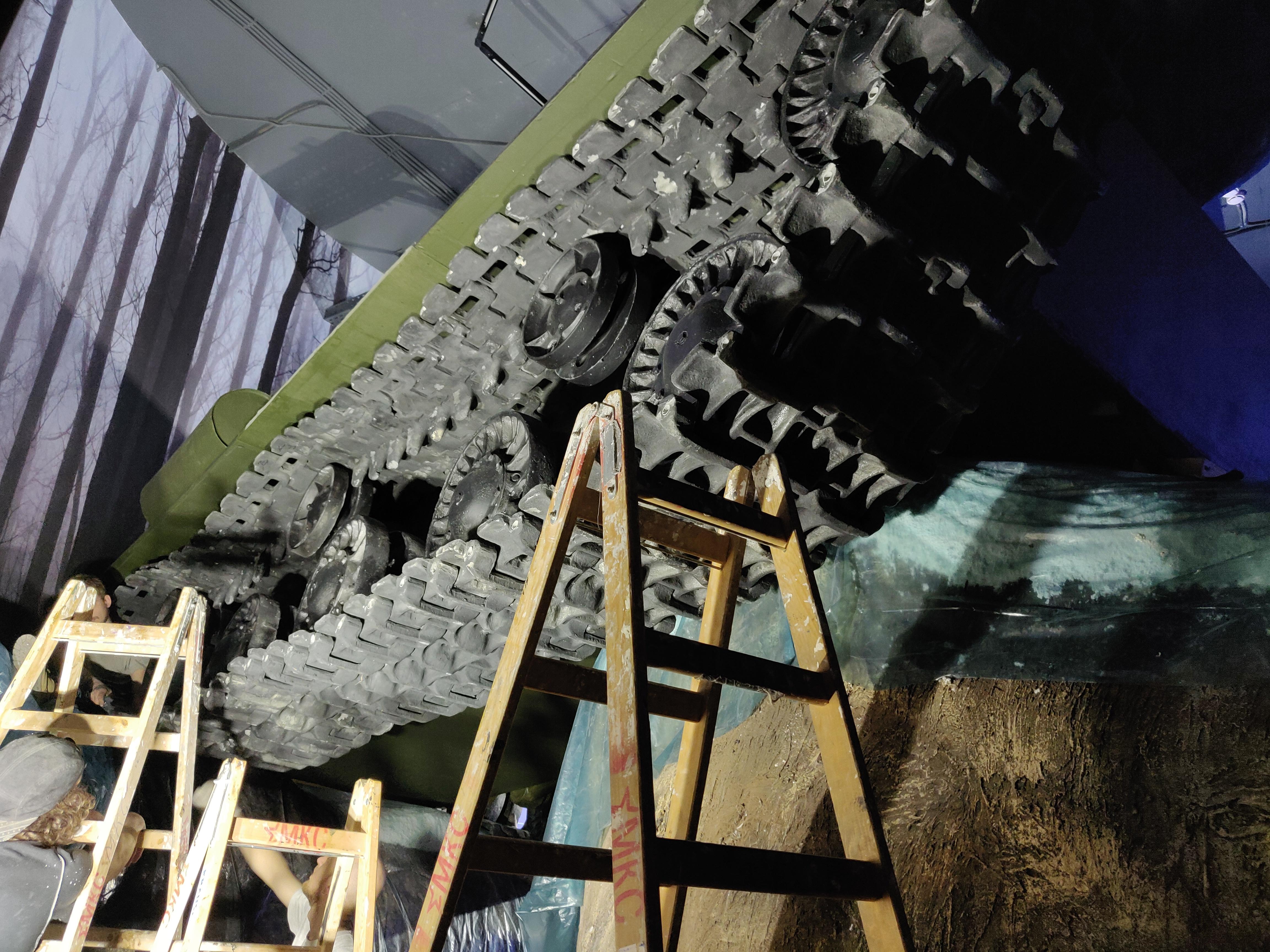 Музейный комплекс Зоя танк под обстрелом проекторов и другие технические нюансы